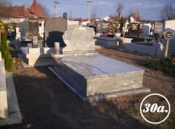 Két személyes (szimpla) síremlékek